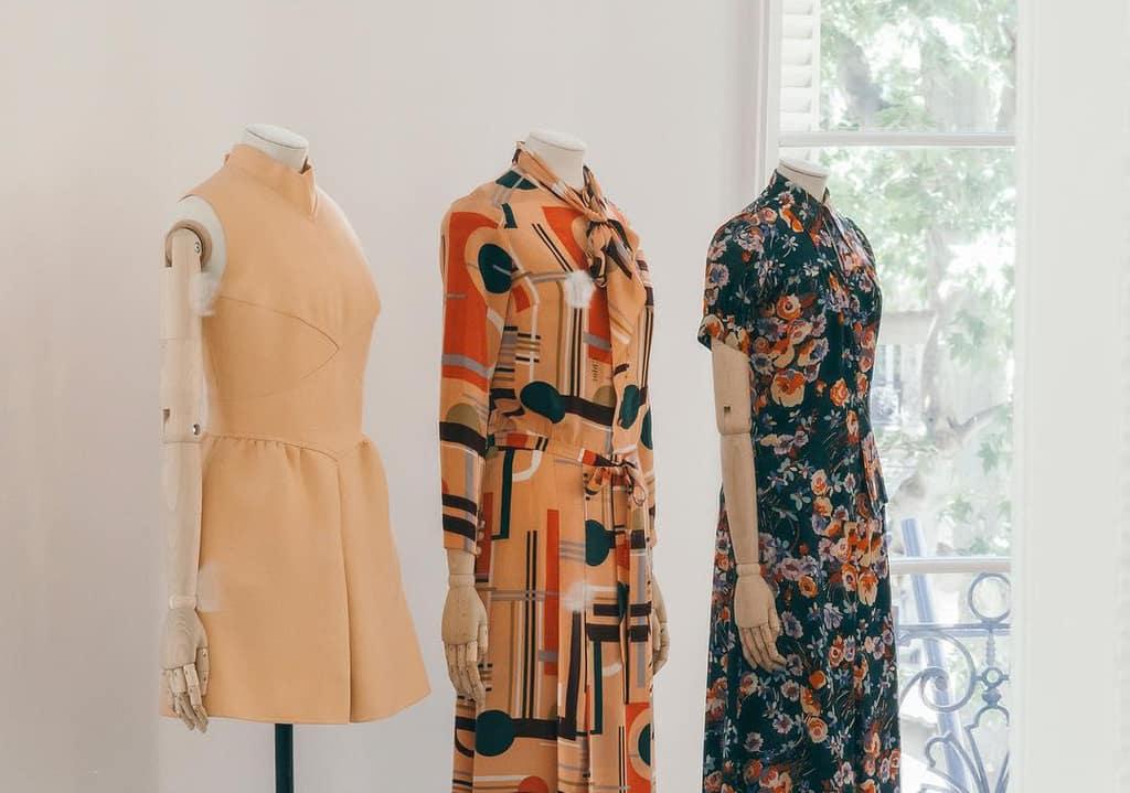 کدام لباسها را بهتر است در خرید خارج از فصل تهیه کنید؟