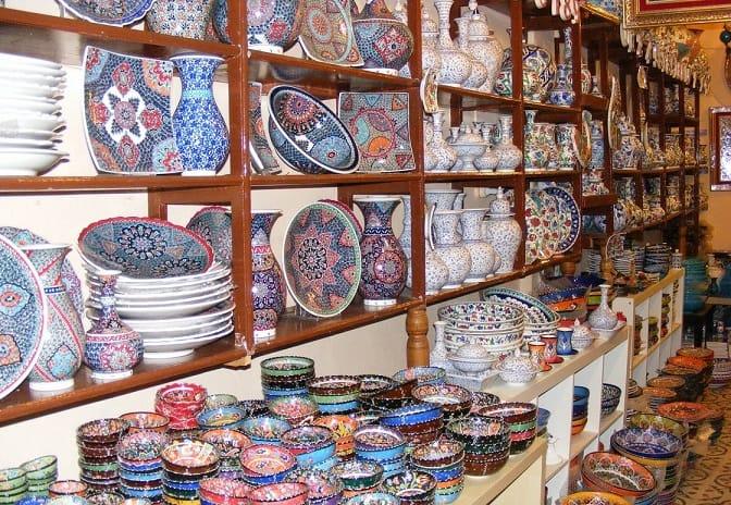 بازارهای کشور ترکیه، بسیار جالب و هیجانبرانگیز میباشد.