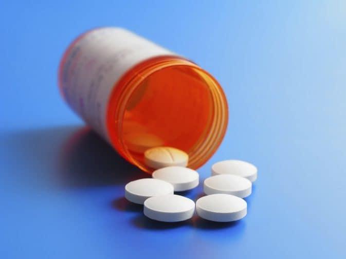 قرص کلاریتین معمولاً یک بار در روز استفاده میشود.