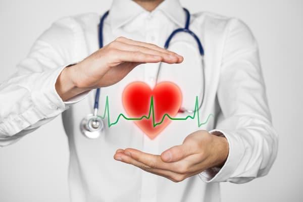 قرص یا کپسول دیگوکسین باعث میشود که شربان قلب با شدت بیشتر و ریتم منظمتری بزند.
