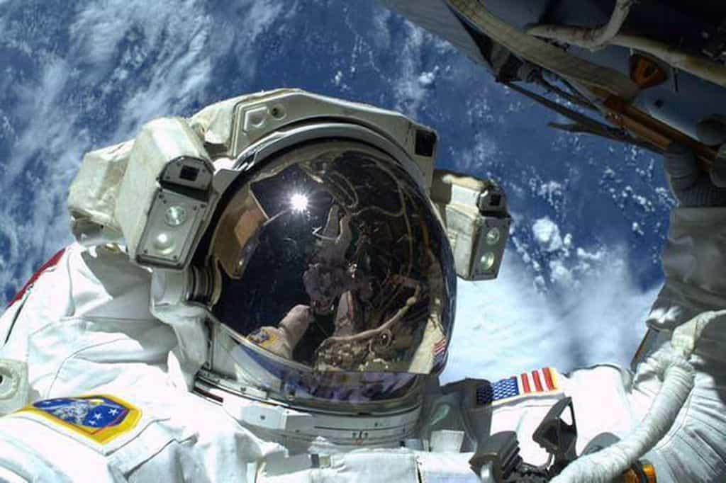 عکاسی در فضا