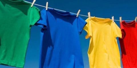لباسهایی را که به لکه رنگ آغشته شدهاند به این روش پاک کنید