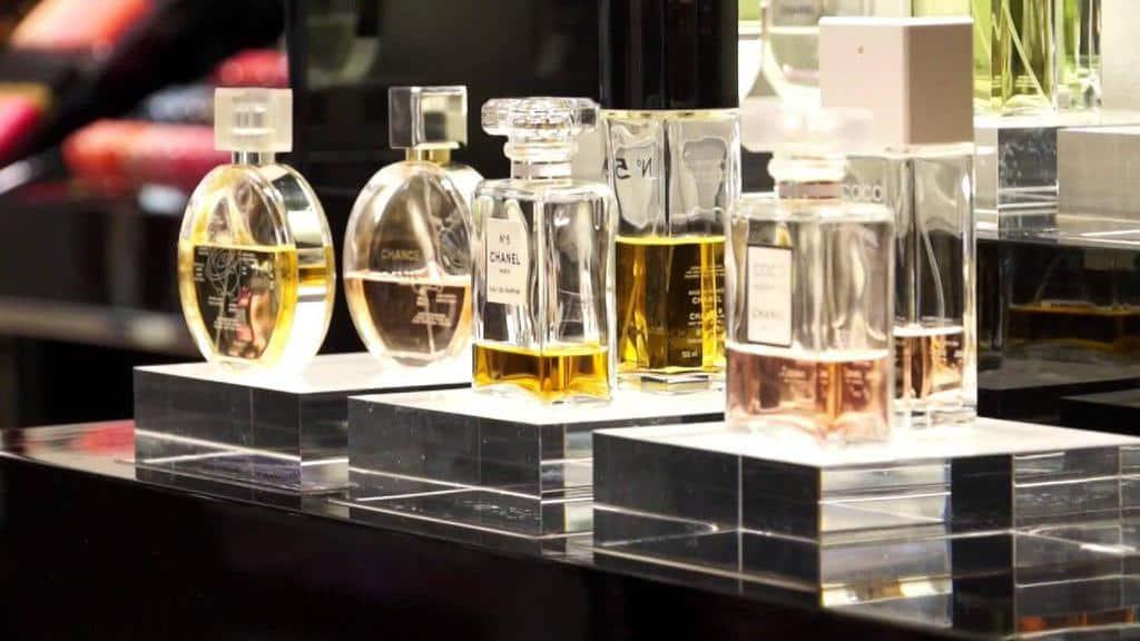 تاریخچه صنعت عطرسازی