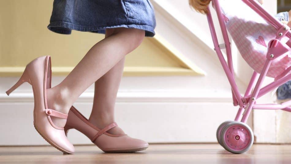 هفت نکته و ترفند برای راه رفتن سادهتر با کفشهای پاشنه بلند