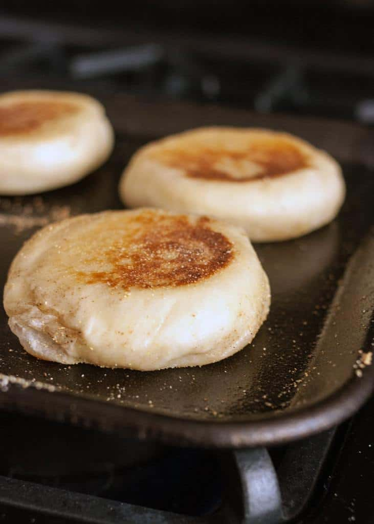 پختن نان مافین انگلیسی