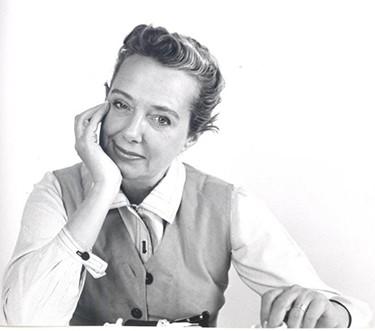 کلر مکاردل اولین طراح لباس شناخته شده آمریکایی در قرن بیستم