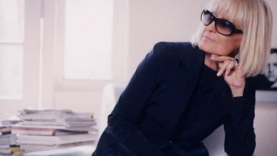 آشنایی با باربارا هولانیکی طراح لباس موفق و تاثیرگذار بریتانیایی