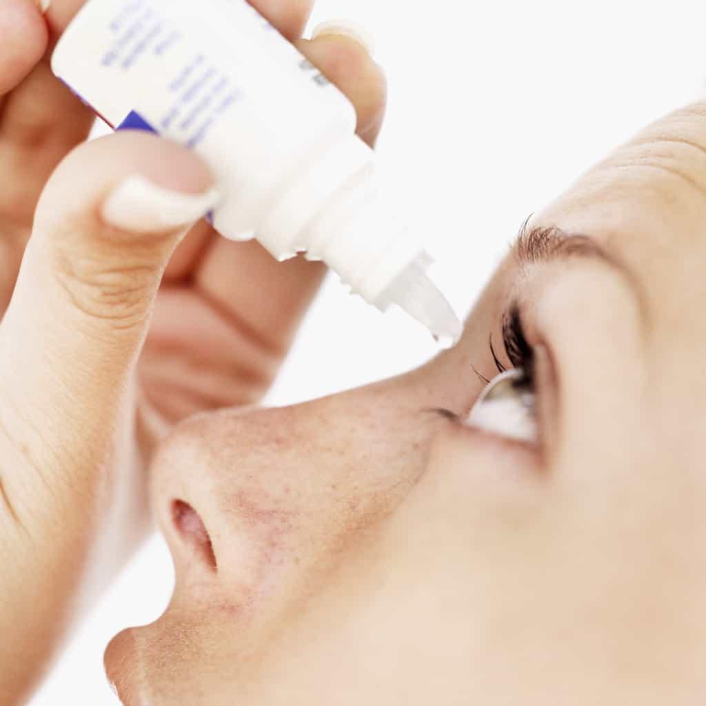 قطره دورزول را حتماً با تجویز پزشک مصرف کنید