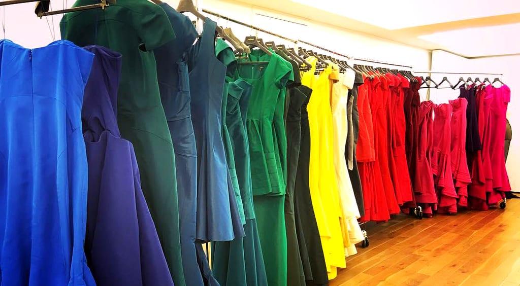 کدام رنگ لباس برای رنگ پوست شما مناسب و برازنده است؟