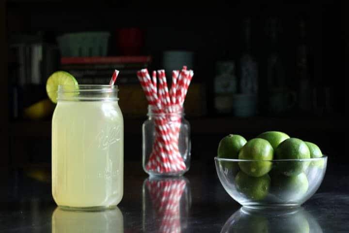 نوشیدنی ورزشی خانگی