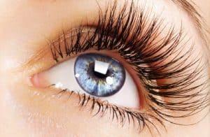 آرایش مژه مصنوعی و اکستنشن شده را به این روش انجام دهید