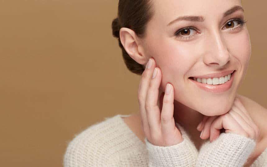 اسیدهای مفید برای پوست کدامند؟ در هر سنی از کدام اسیدها باید استفاده کنیم؟