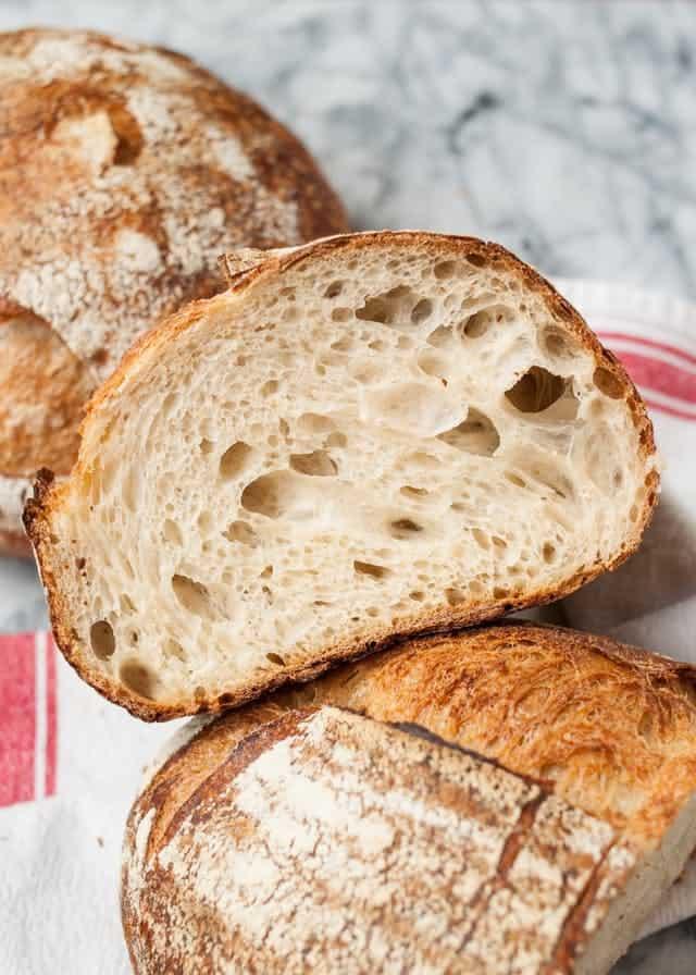 نان خمیر ترش