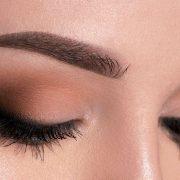 هفت ترفند آرایشی ساده که آرایش شما را زیبا و کامل میکنند