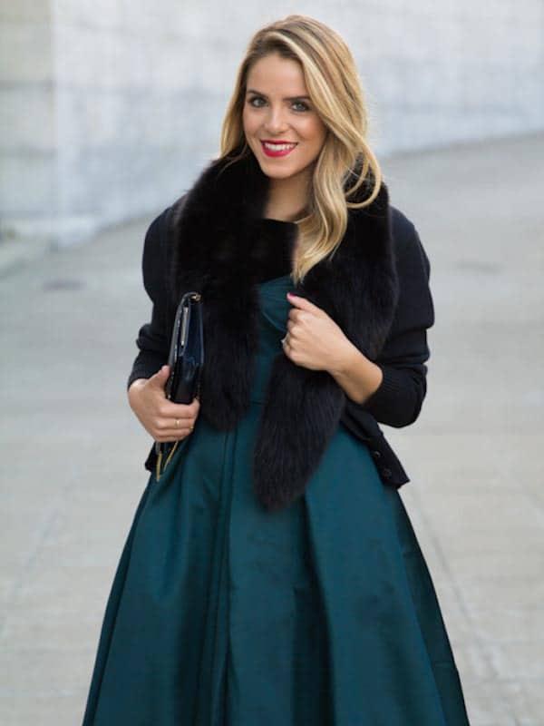 آماده شدن و لباس پوشیدن برای عروسیهای زمستانی