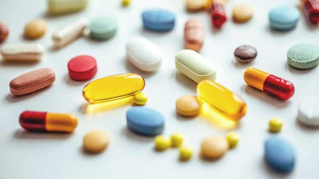دیازید (Dyazide)، که با نام تجاری مکسزید (Maxzide) نیز شناخته میشود، ترکیبی از هیدروکلروتیازید و تریامترن است