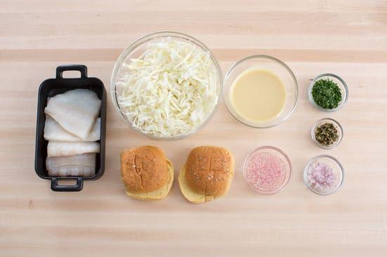 ساندویچ ماهی سوخاری