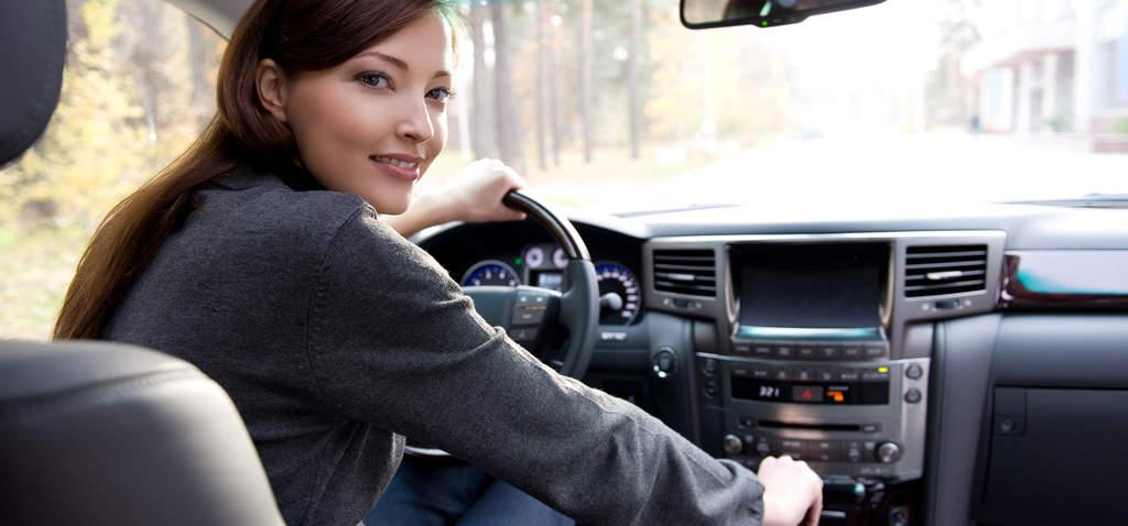 چرا زنان راننده اوبر درآمد کمتری نسبت به مردان دارند؟