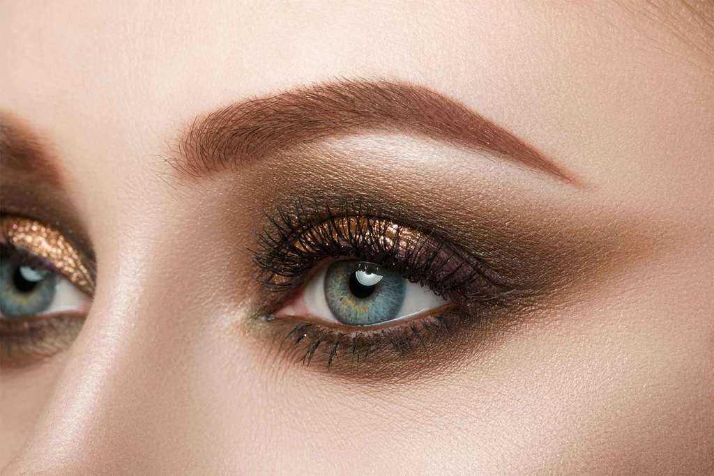 چند روش آرایش چشم برای موقعیتها و سبکهای مختلف آرایشی