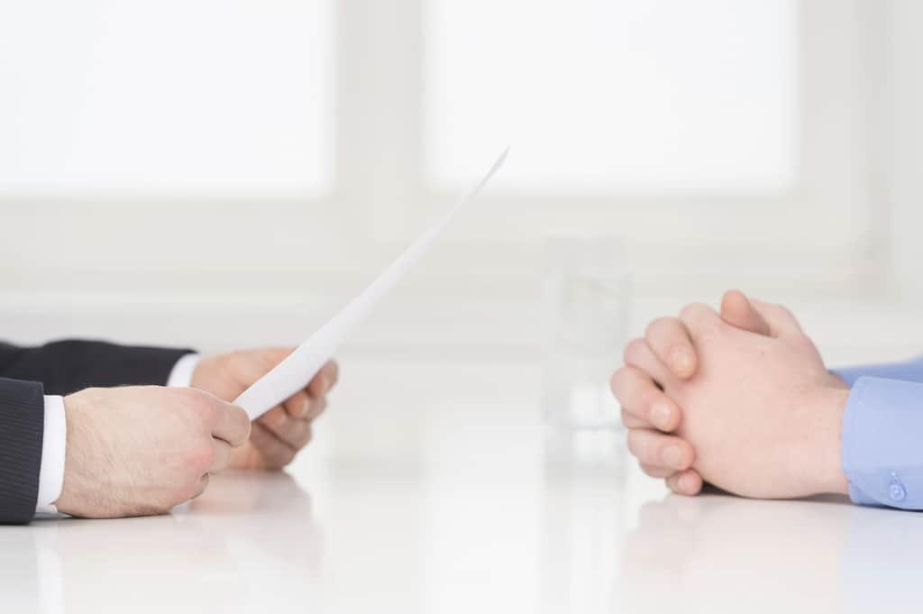9 تا از سوالات استخدامی متداول که نباید در جلسات مصاحبه از افراد بپرسید!