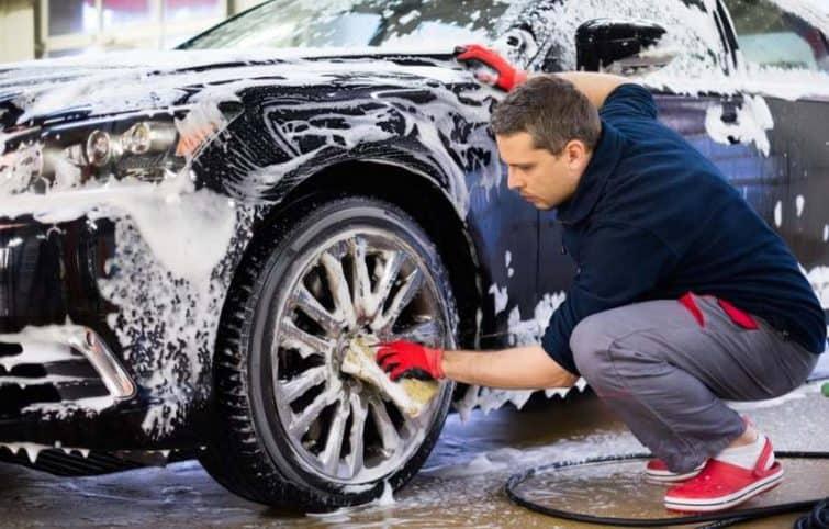 ۱۵ ترفند شستشوی خودرو که فقط افراد حرفهای میدانند