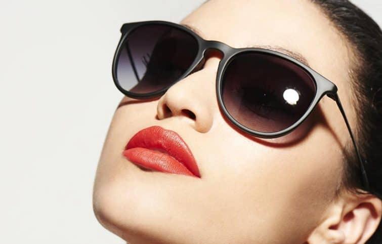 جذابترین و بهترین ترکیب رنگ برای عینک آفتابی و رژ لب شما چیست؟