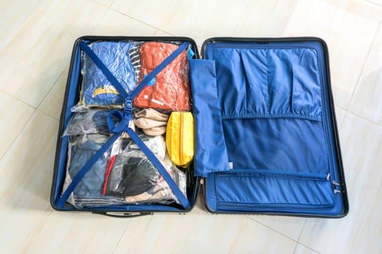 بسته بندی وسایل سفر هوایی