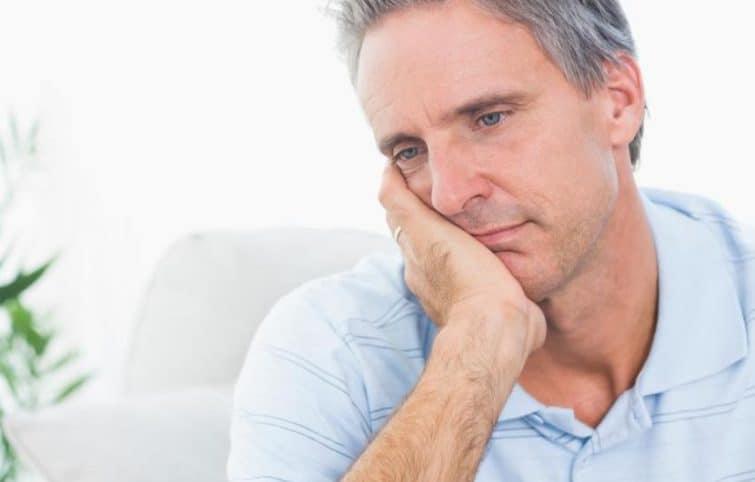 کمبود تستوسترون چه علائمی دارد، درمانهای پزشکی و طبیعی آن چیست؟