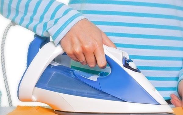 راهنمای کامل خشکشویی لباس در منزل
