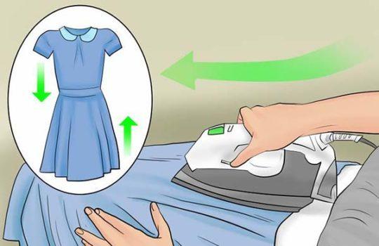اتو را در جهت دوخت لبه ها داخلی لباس انجام دهید