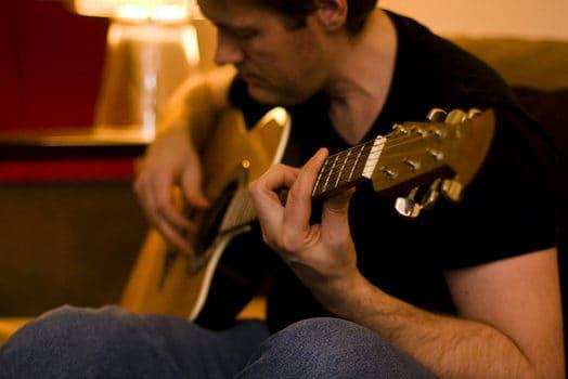 هم کیفیت و هم کمیت تمرین کردن، در موفقیت موسیقایی موثر است.