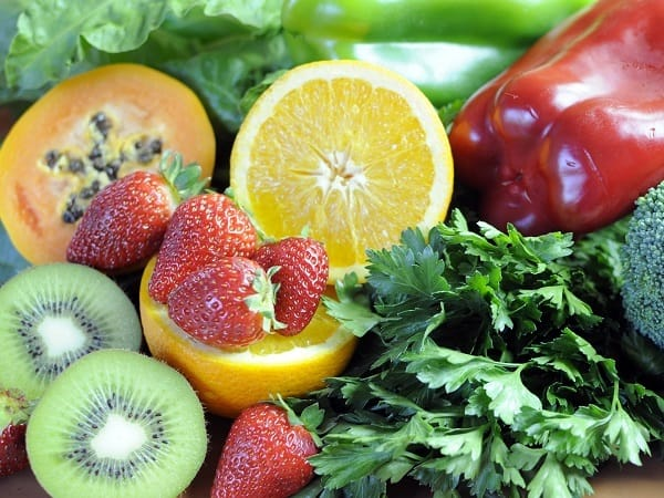 12 ماده غذایی با مقادیر بیشتری از ویتامین C نسبت به پرتقال
