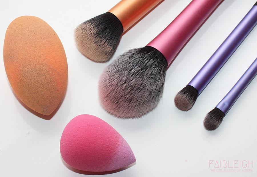 برای جلوگیری از اشتباهات آرایشی از ابزارهای مناسب استفاده کنید