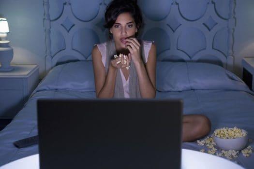 فیلمهای آنلاین در جهان امروز جای خود را بین مخاطبین باز میکند