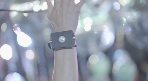دستبند Motion Sonic