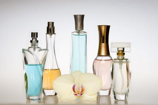 نگهداری از عطر و ادکلن در شرایط مناسب برای دوام و ماندگاری بیشتر آن