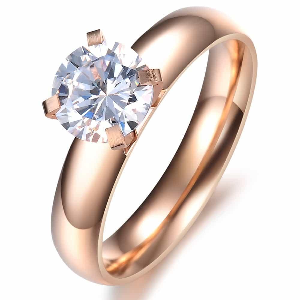 طلا و نقره و سنگهای قیمتی نیاز به مراقبت خاص دارند