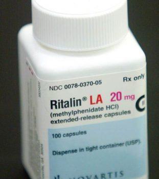 ریتالین(Methylphenidate): معرفی، نکات مهم در مورد مصرف دارو و عوارض جانبی