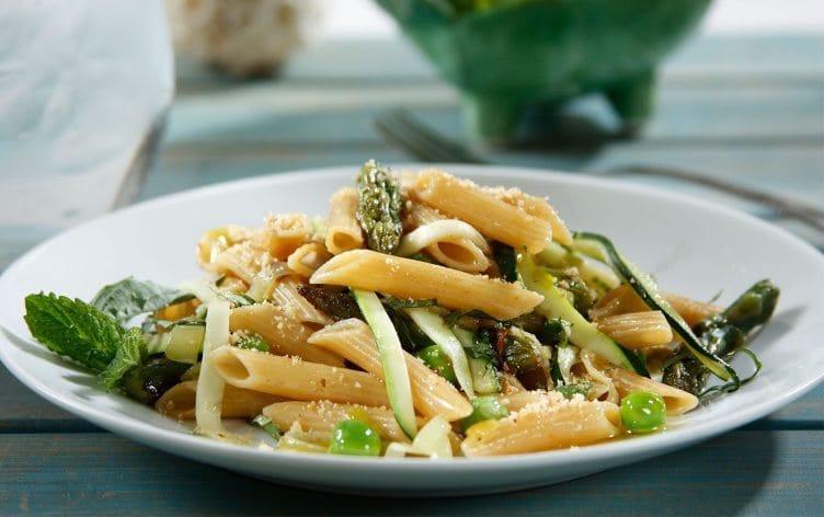 پاستا با سبزیجات و نحوه تهیه آن