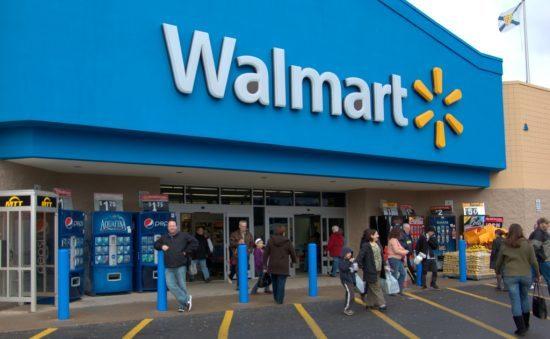 تخفیف های فروشگاه بزرگ وال مارت (wal-Mart) برای خریداران اینترنتی در سال ۲۰۱۷