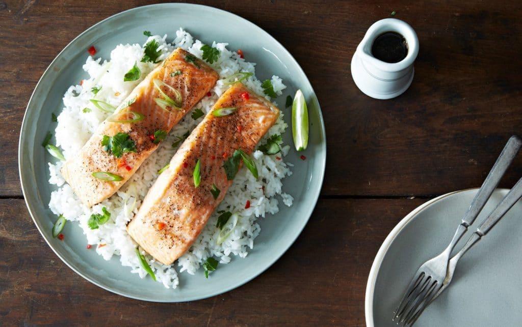 پنج خوراکی اردیبهشتی : ماهی سالمون