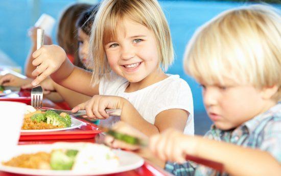 تخم مرغ و تغذیه کودکان