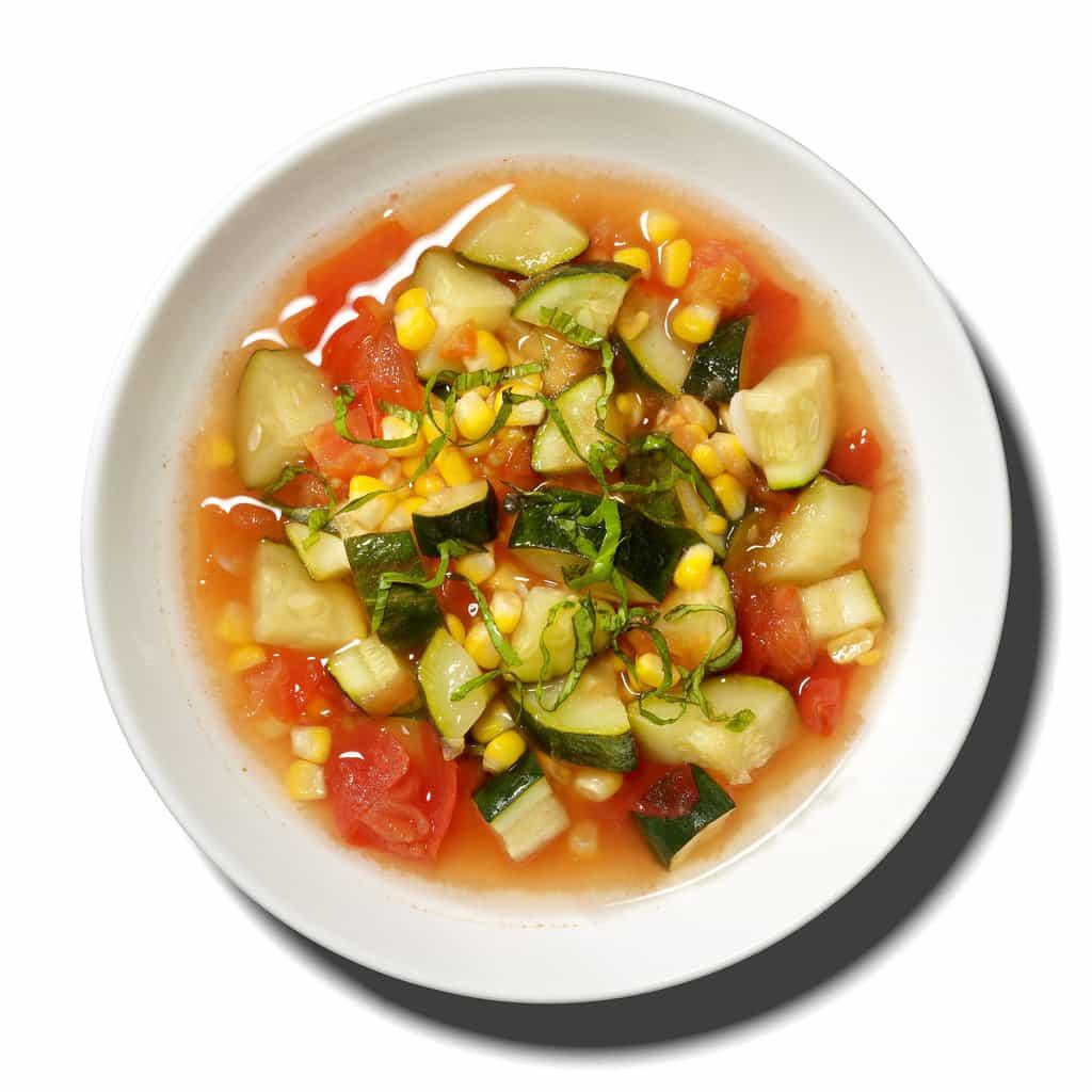 سوپهای گیاهی و ۱۳ دستورالعمل  برای تهیه این سوپ ها