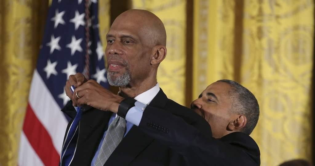 عبدالجبار کنار اوباما