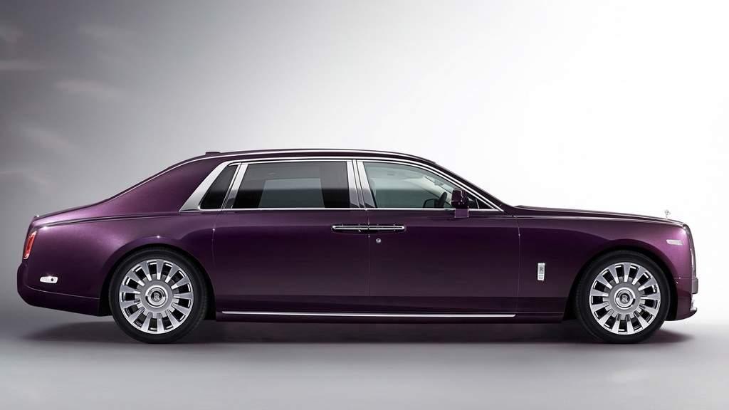 چهار دلیل برای جذب شدن به خودروی Phantom VIII محصول لوکس رولز رویس