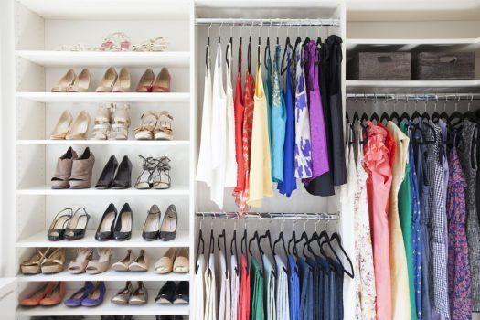مرتب کردن کمد لباس در سه گام و نکاتی برای داشتن کمد لباس حرفهای