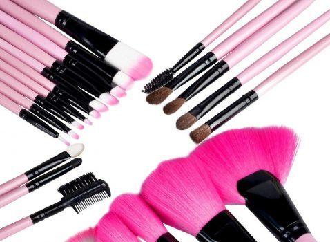 نکاتی برای تمیز کردن کامل و مراقبت صحیح از برسهای آرایشی