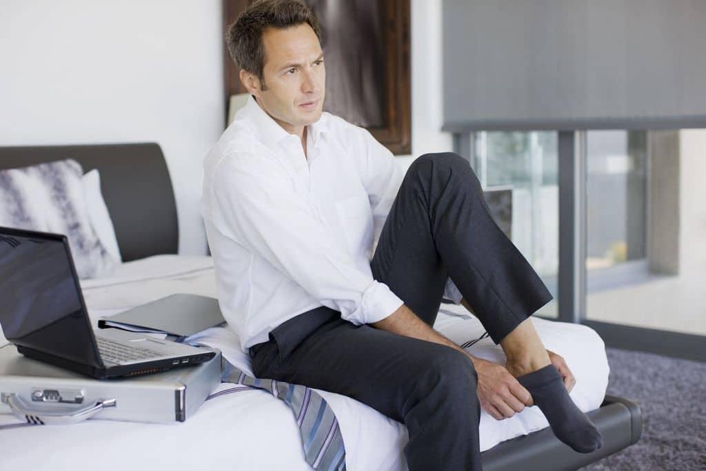 تعیین الگوی لباس اداری مردانه