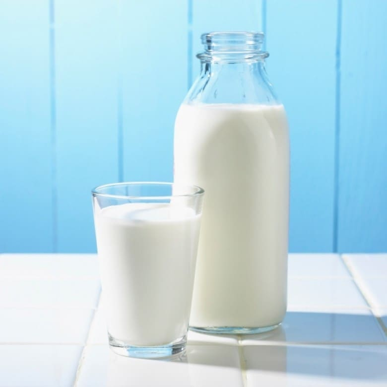 اثر شیر بر کاهش چربی شکم