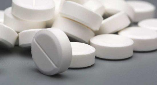 میتوانید این دارو را به همراه غذا یا بدون آن مصرف کنید؛